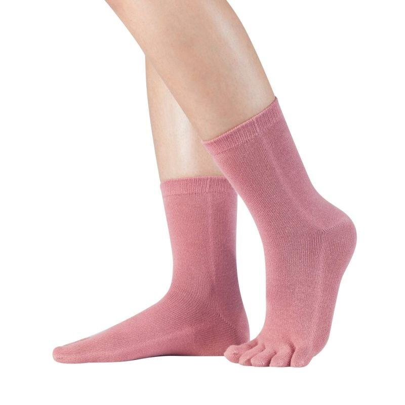 freche Zehnsocke in coral Farbe
